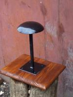 Pedestal for helm